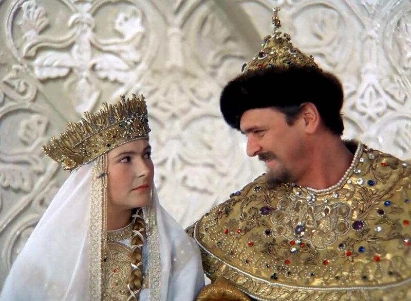 Кинокомедия «Иван Васильевич меняет профессию» (1973). Как войско узнало, что «царь не настоящий»?